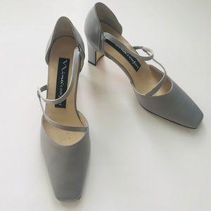 Nina {heels}